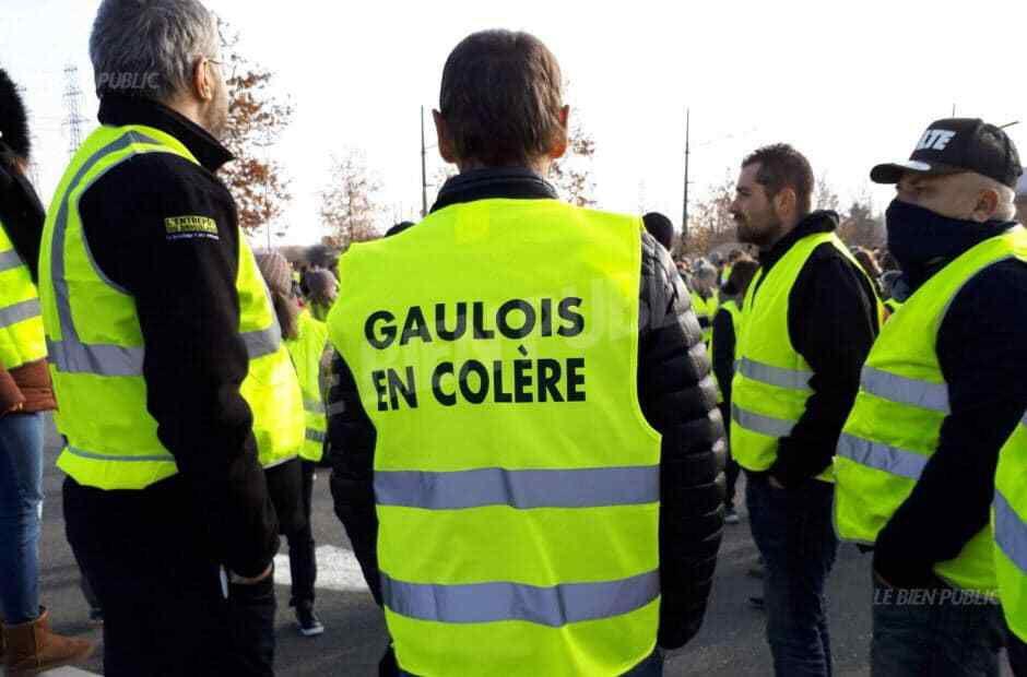 8 & 9 déc. Saint-Max ! Un rond point convivial, merci le Macron, avant de te remercier définitivement.