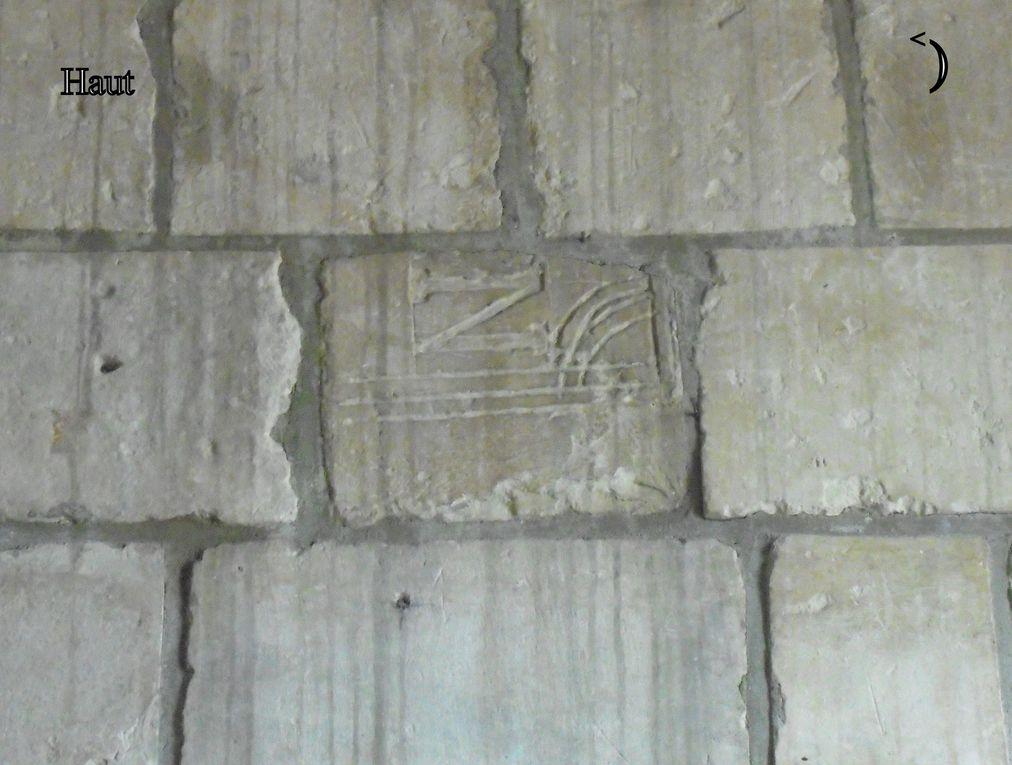 Et bien sûr une croix omnie du mopnde civilisé, mais qui peut aussi dater de l'occupation allemande (photo publiée à titre informatif).