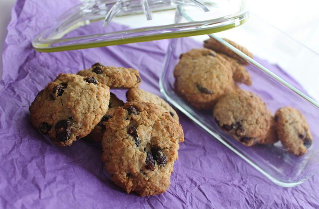 Cookies aux flocons d'avoine, chocolat blanc et cranberries