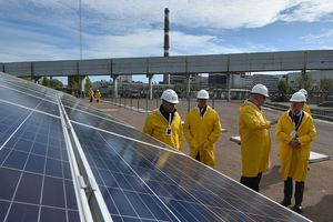Tchernobyl inaugure une centrale solaire