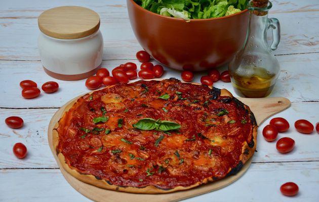 Pizza tomate mozza