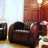 Paire de fauteuils club ROADSTER, joli modèle STREAMLINE vers 1930