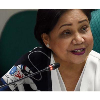 Villar pushes BIDA for Boracay Island
