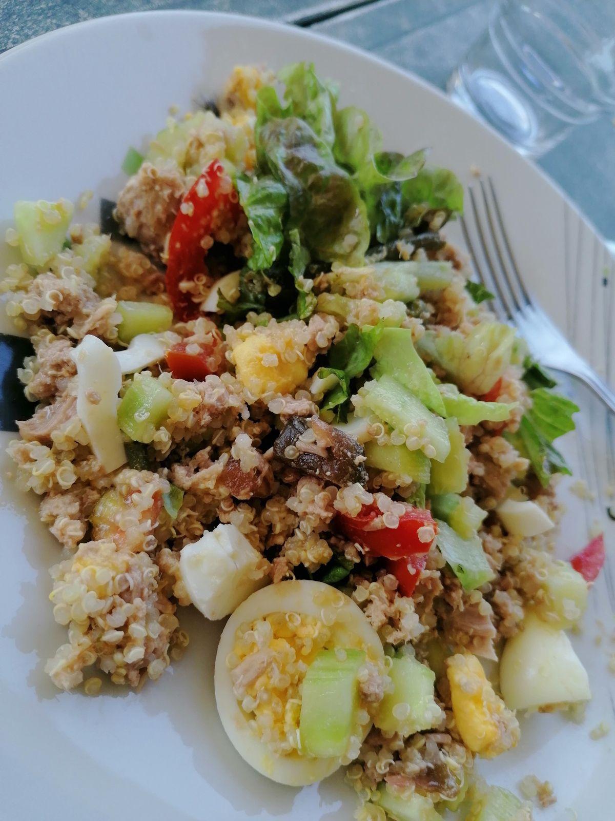 Salade de quinoa façon niçoise