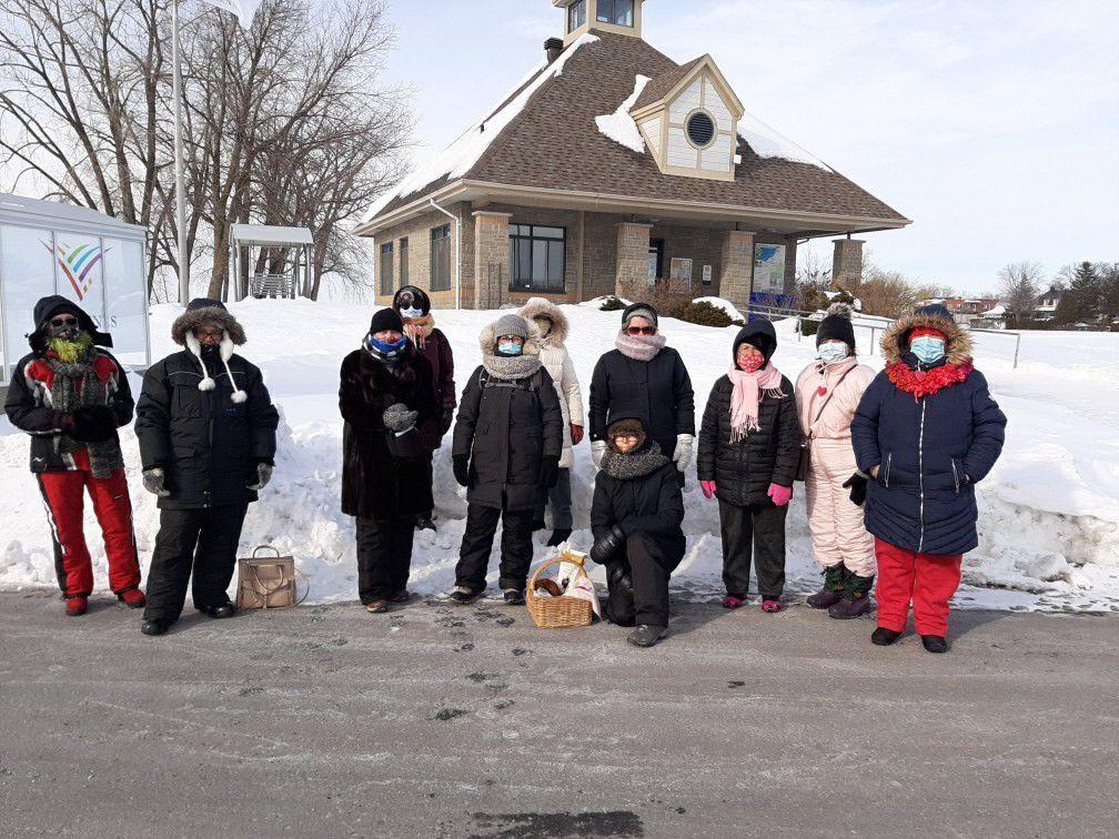 Au total nous étions environ 15 membres. Belles rencontres malgré le froid!