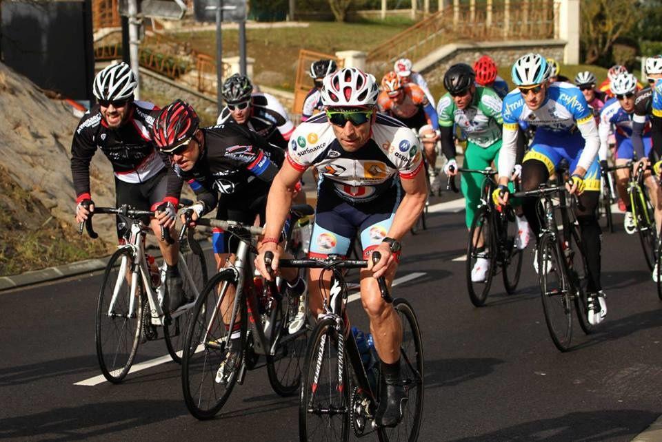 Album photos de la course D1-D2 d'Epernon (28) avec la victoire de Quentin Tougard (Team Chatou C)
