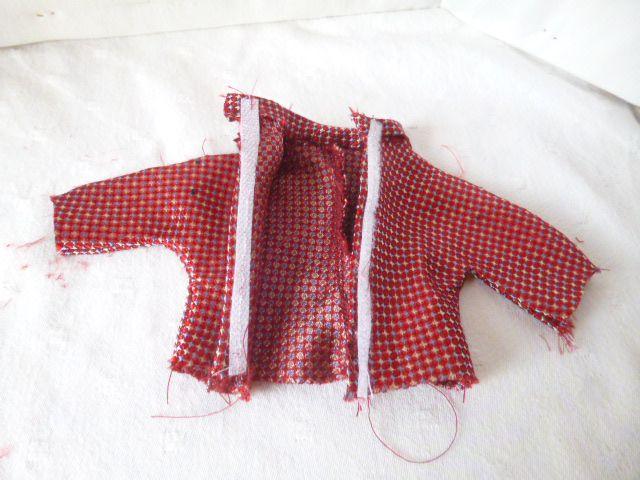 Une paire de chaussettes :  5 vêtements pour barbie