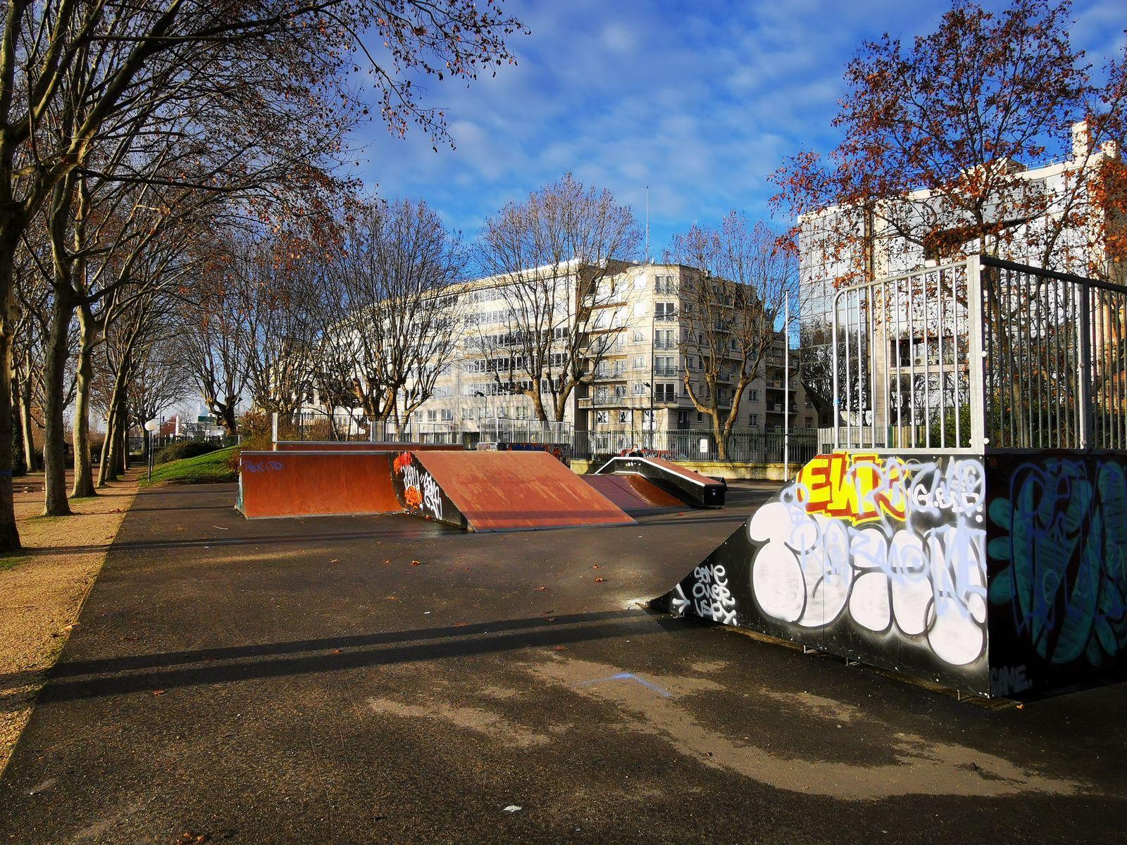 Parc Robinson à Asnières-sur-Seine et son skate park