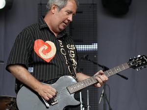 pete shelley, la légende du punk fondateur du groupe the buzzcocks fondé à Manchester en 1976 s'est éteint