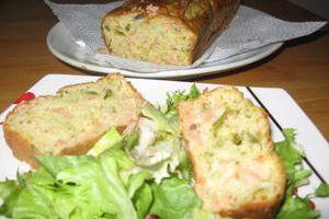 Cake au saumon fumé et asperges vertes