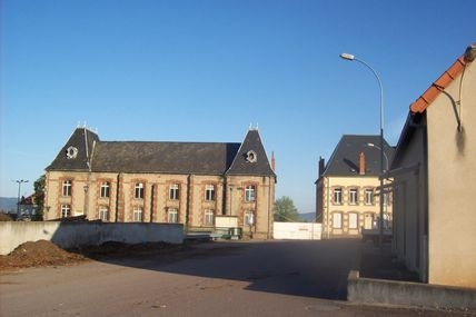 Quartier Saint-Andoche : la rue Carion. (1er partie)