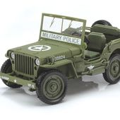 Auto World WW II Willys MB Jeep - Die Cast X