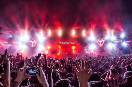 Tiësto tracklist and mp3 | Creamfields | Santiago, Chile - November 06, 2016