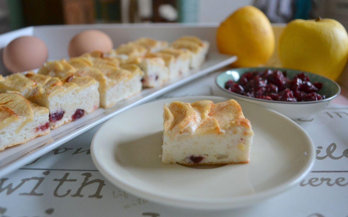 Gâteau au blancs d'oeuf-cranberries façon tarte aux pommes