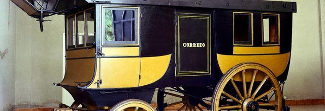 Malle- postes portugaises;    originaux et maquettes de José Brito /2 Les voitures