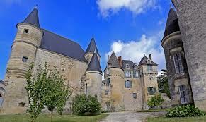 Domaine agricole et château de LA GARENNE  à La Celle-Guenand (Indre-et-Loire)
