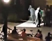 Évreux : Une statue du général de Gaulle arrachée de son socle après la victoire de l'Algérie à la CAN, le maire porte plainte