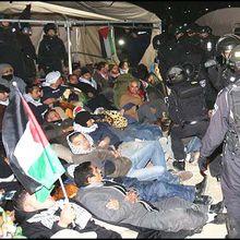 La police évacue les arabes provocateurs de la zone E1