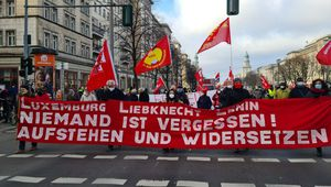 Berlin : Malgré la répression policière, plusieurs milliers de manifestants rendent hommage à Rosa Luxemburg et Karl Liebknecht