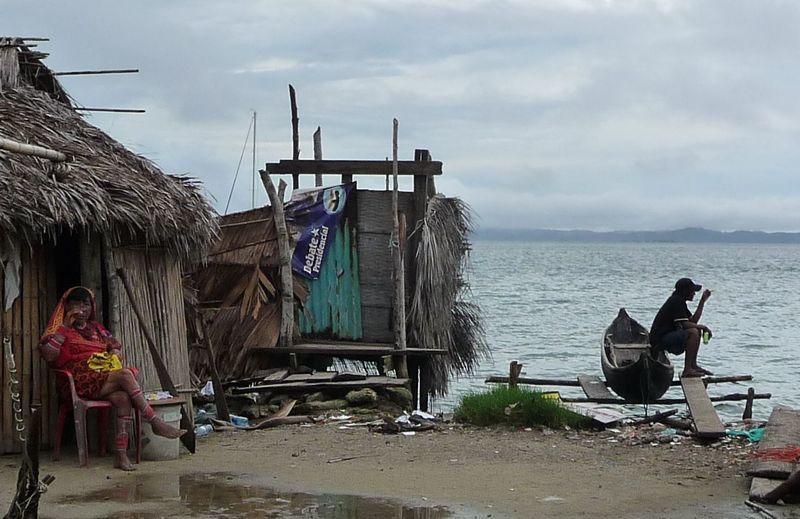 Album - 2010-11-25-2--Iles-et-villages-Kunas