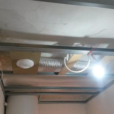 Faux plafond sans suspentes
