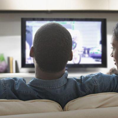 TÉLÉVISEURS, les TV connectés seraient plus séducteurs que les mobiles pour la publicité.