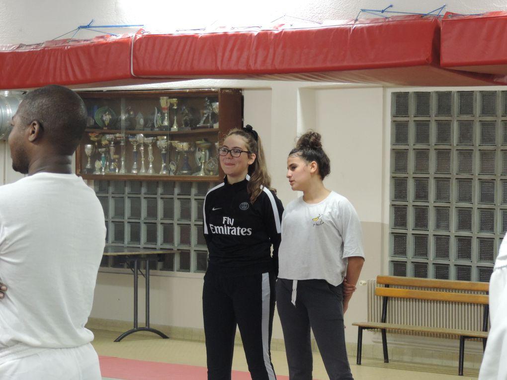 Stage kick boxing