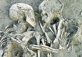 """The """"Lovers Of Valdaro"""" The 6,000-Year-Old Tragic Italian Couple, need a new home"""