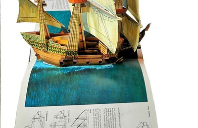 SAILING SHIPS - Pop-up Book