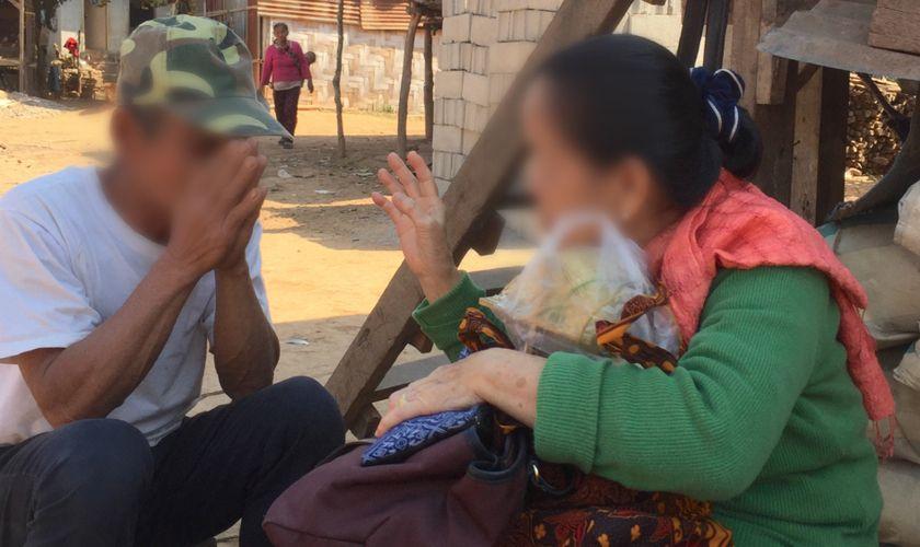 Une ancienne bouddhiste se convertit au Christ et devient traductrice de la Bible au Laos : «Je remercie Dieu de m'avoir utilisé»