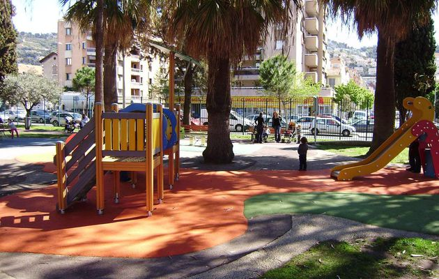 Square Thierry Di Masso / Nice (06)