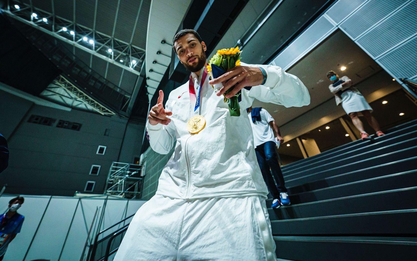 Retour en images sur le 16e titre olympique de la Team USA