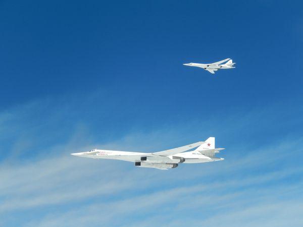 © Armée de l'Air - Les deux Tu-160 interceptés par la PO française