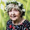 Dagny Carlsson : elle découvre Internet à l'âge de 99 ans - Suéde -