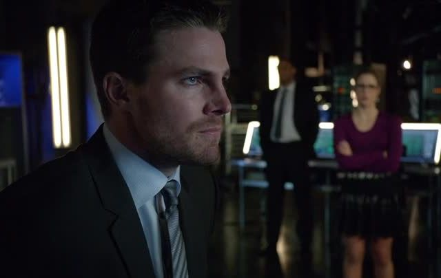 Critiques Séries : Arrow. Saison 2. Episode 18. Deathstroke.
