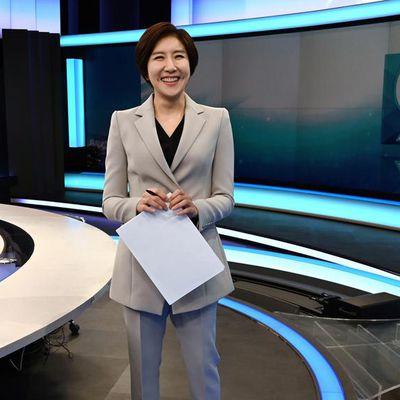 Corée du Sud : Une femme présente pour la première fois les infos