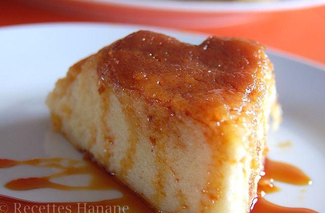 Gâteau de semoule à la cannelle et au caramel