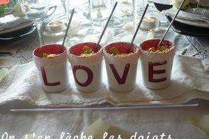 Un avant goût de St - Valentin: Verrines crevettes- ananas- coco- curry