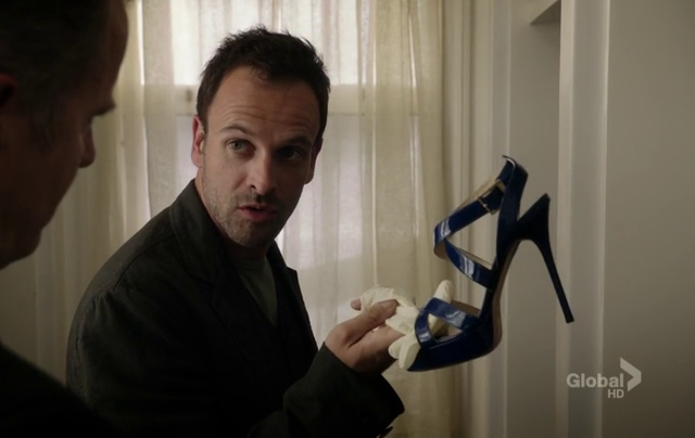 Critiques Séries : Elementary. Saison 1. Episode 7. One Way to Get Off.