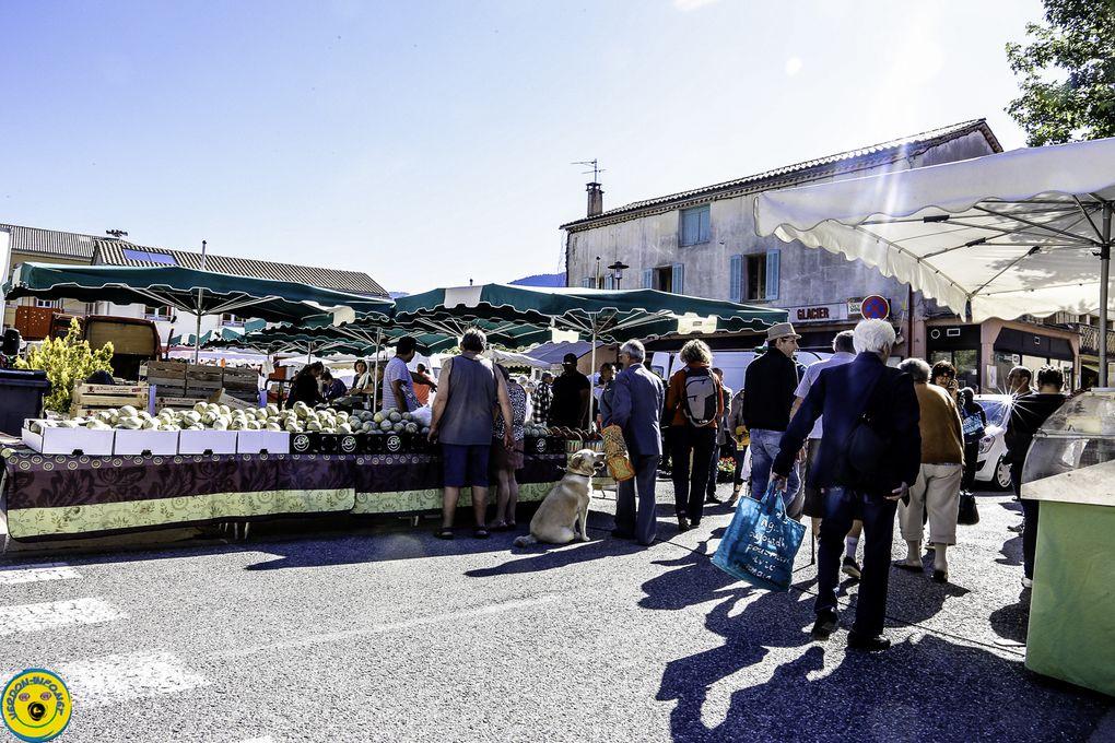 St André les Alpes  : Un petit tour au marché place Marcel Pastorelli