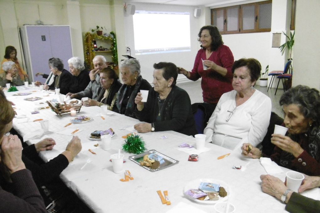 """Los mayores del """"Rincón"""" celebran la Navidad"""