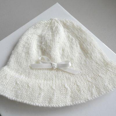 Chapeau bébé tricoté main, en laine écrue tricot bébé laine fait main bb bonnet