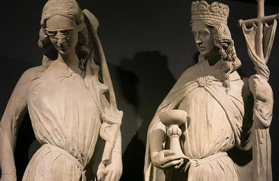 La Grande Guerre, Myrrha Borodine et le Graal. -2-