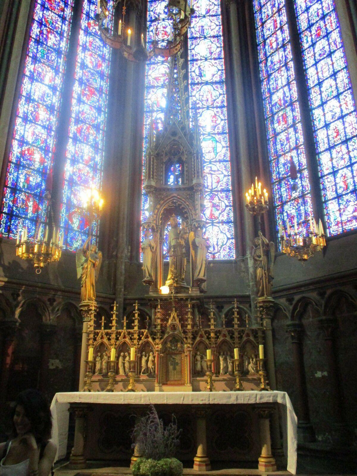 Amiens - La cathédrale Notre-Dame, jour et nuit