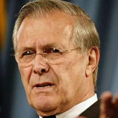 Etats-Unis : Donald Rumsfeld, ancien chef du Pentagone sous George W. Bush, est mort à l'âge de 88 ans