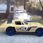 CHEVROLET CORVETTE GRAND SPORT HOT WHEELS 1/64 - car-collector.net