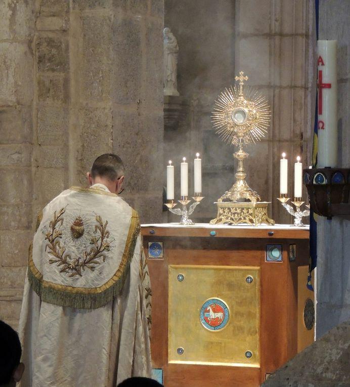 Solennité du Sacré-Coeur de Jésus et enrôlement de nouveaux gardes d'honneur...