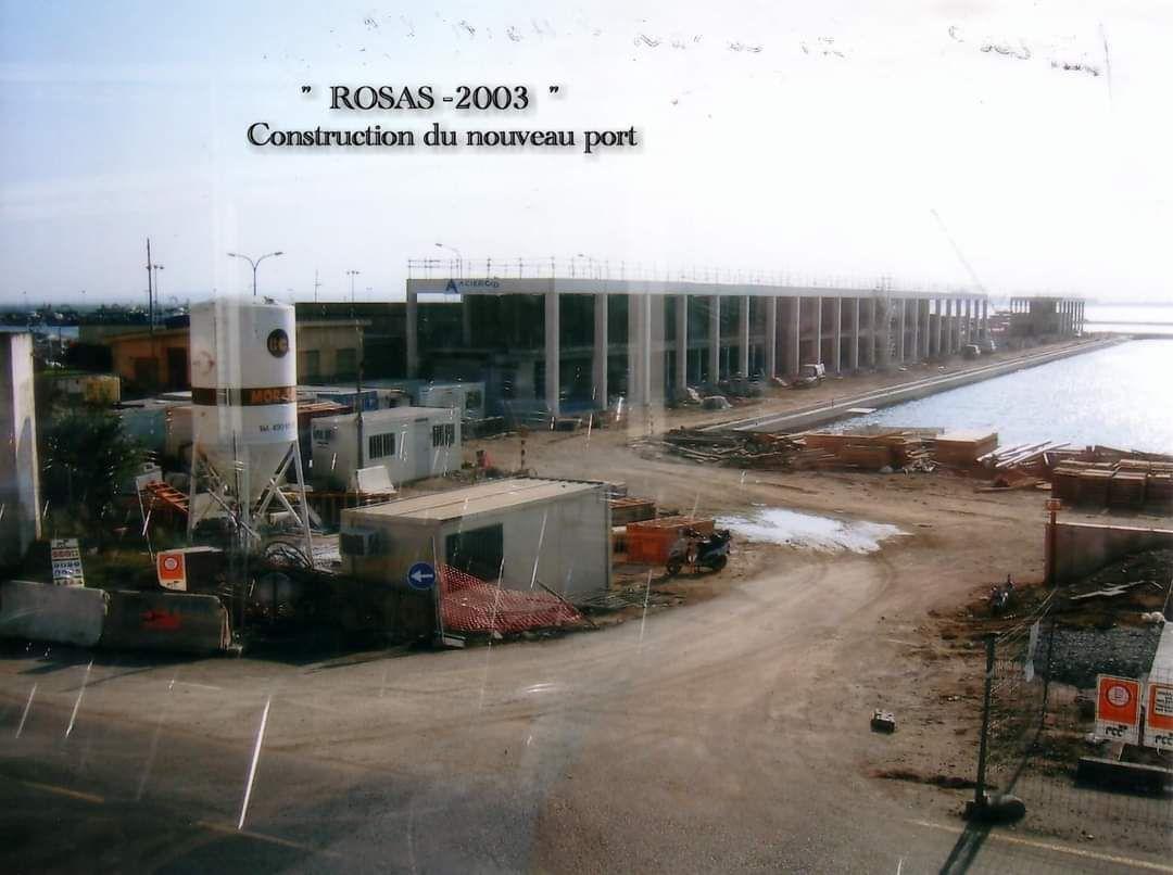 Construction du nouveau port à Rosas
