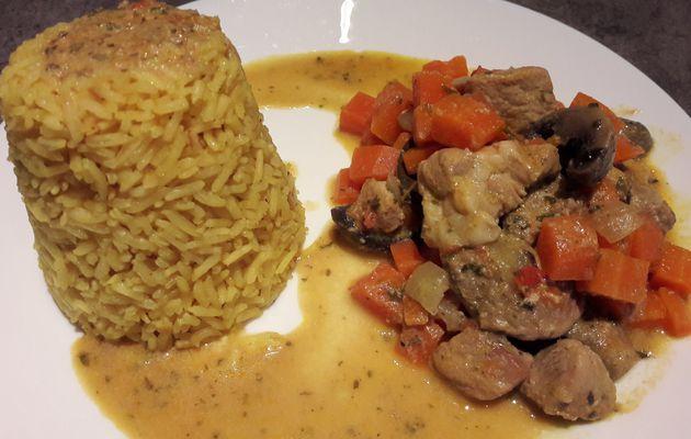 Mijoté de saute de porc aux carottes et champignons au lait de coco