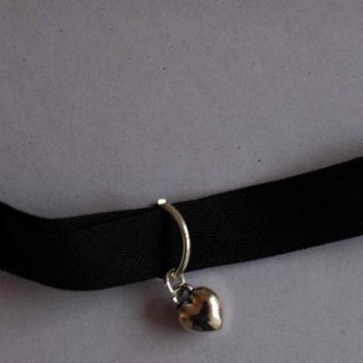 Bracelet noir coeur plein